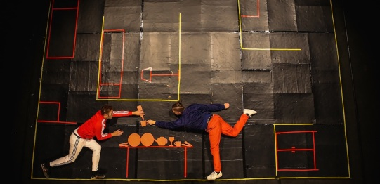 Clunker Circus: L'AVVENTURA 2017, prop maker, dir.Maksim Komaro